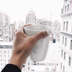 - ̗̀this city never sleepa ̖́- Coffee Accessories, City That Never Sleeps, But First Coffee, Concrete Jungle, White Aesthetic, Coffee Break, Oh The Places You'll Go, City Life, In This Moment