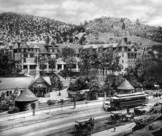 A streetcar line ran down West Colorado Avenue by 1905, linking Colorado Springs, Colorado City and Manitou Springs.