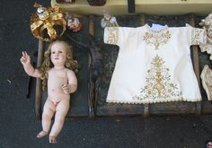 Baby J and his stuff @ the Porta Portese flea market, via Flickr.