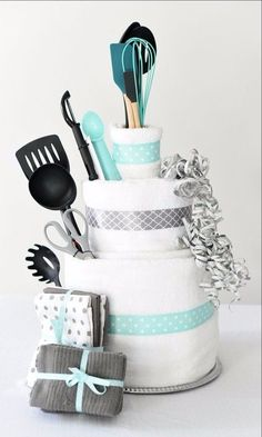 Awesome Bridal Shower Cake Idea! | bridal shower ideas | | bridal shower themes | | bridal shower gifts | #bridalshowerideas #bridalshowerthemes #bridalshowergifts https://www.modernromancetravel.com/
