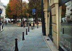 Ruelle de Place Dauphine - Paris    by © Everita