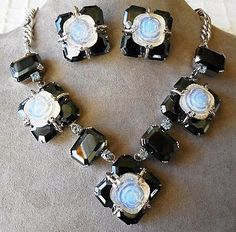 Vintage-Christian-Dior-Hematite-Clear-Molded-Glass-Necklace-Set