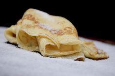 Crêpes sind die eleganten Verwandten des Pfannkuchens – Und dank Thermomix® ganz einfach zubereitet. Hier geht es zum Rezept