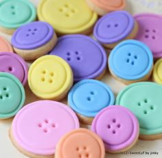 lalaloopsy cake ideas | Lalaloopsy Cake and Button Cookies | Sweet Lyf