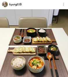 💐「@kimmiecla✌︎」💐 K Food, Food Porn, Food Goals, Cafe Food, Aesthetic Food, Korean Food, Food Cravings, Food Presentation, I Love Food