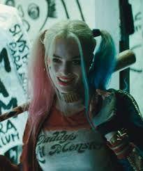 harley quinn - Búsqueda de Google Harley Quinn Tattoo, Harley Quinn Drawing, Joker Und Harley Quinn, Harley Quinn Cosplay, Harely Quinn And Joker, Arlequina Margot Robbie, Margot Robbie Harley Quinn, Margot Robbie Poster, Harey Quinn