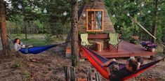 World's tiniest A-frame cabin vacation on Airbnb? Tiny House Swoon, Tiny House Cabin, A Frame Cabin, A Frame House, Montana Living, Tiny House Exterior, Guest Cabin, Cost To Build, Tiny Cabins