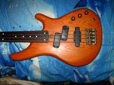 Изображение Yamaha Bass, Guitar, Guitars