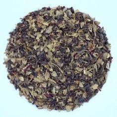 Mélange de thé Vert Chun Mee, d'hibiscus, de maté vert, Rooïbos vert, cardamome, d'écorces d'orange, d'arômes naturels d'orange et de citron. Dans une tasse verte colorée, il offre des notes végétales, fruitées, florales et boisées. Très faible en théine, il se déguste tout au long de la journée, en soirée et après les repas.  Préparation : 3 cuillères à café pour 1l d'eau assez chaude  Temps d'infusion : de 4 à 5 minutes