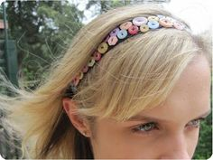 Button Headband DIY by Crafted  #buttons  #headband  #hair