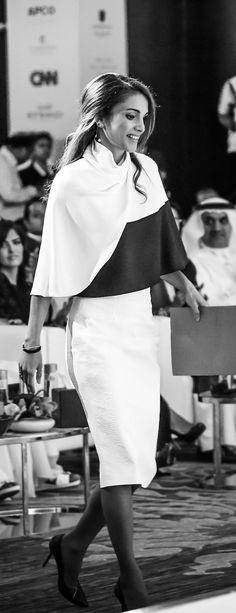 Nov. 18, 2014 ♔♛Queen Rania of Jordan♔♛...