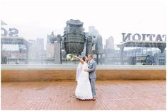 Station Square wedding in front of fountains in Pittsburgh PA | Kelly Adrienne Photography