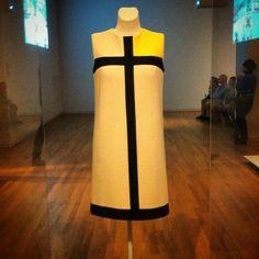 Rijksmuseum- Yves Saint Laurent / Mondrian