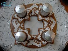Gingerbread Advent wreath and candle holder
