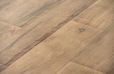 """Prachtige houtnerf voor deze keramische """"plank""""."""
