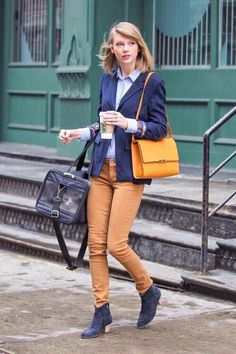 Her outfit is once again flawless, and I think Meredith agrees <3