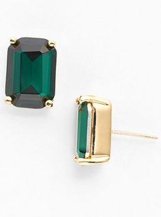 stone stud earrings  http://rstyle.me/n/vmfkwpdpe