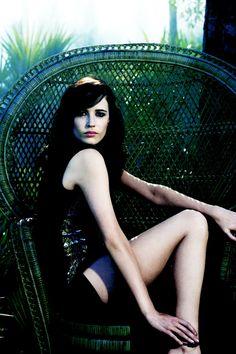 Eva Green tropics.