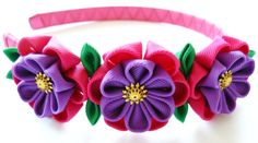 Kanzashi fabric flowers. Set of 5 pieces. Fushia and by JuLVa