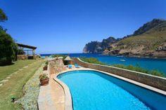 Casa en alquiler en Mallorca http://holidays10.com/Chalet-en-primera-linea,-Cala-San-Vicente-(11-personas).html