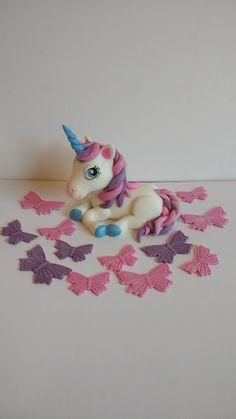 Unicorn eetbare taart topper met 12 vlinders handgemaakte