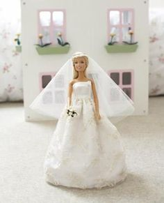free sewing pattern for a barbie doll wedding gown (Good to know for future little girls)