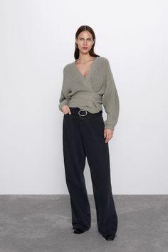 Zara new 🔥 Кардіган Доставка днів✈️ . Cable Knit Cardigan, Cropped Cardigan, Moda Zara, Zara Fashion, Workwear Fashion, Cardigans For Women, Women's Cardigans, Jackets