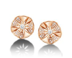 Earrings DIVAS' DREAM 350784 - Discover BVLGARI's collections and read more about the magnificent Italian jeweller on the official website. Bvlgari Earrings, Bulgari Jewelry, 14k Gold Jewelry, Luxury Jewelry, Diamond Jewelry, Men's Jewellery, Designer Jewellery, Jewellery Designs, Minimal Jewelry