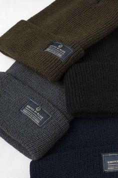 Details Be the last to know about wind and snow when you wear this weather-and-water resistant beanie. - Crafted of freshly spun virgin wool, which is naturally water repellent and strong and thick du
