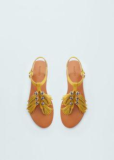 Sandalia piel flecos | MANGO