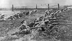 WW1 soldiers in trenches