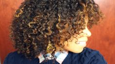 Deva Chan: Pintura Highlights the way for curly girls