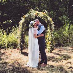 #CHAINWED #weddingarch #floralarch #outdoorwedding