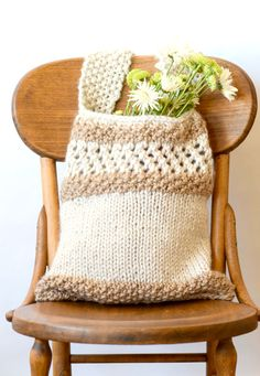 "Free Knitting Pattern for Darice Market Tote - This tote is easy and a quick knit in super bulky yarn. Bag measures 17"" inches tall and 14"" inches wide. Designed by Jessica Reeves Potasz of Mama in a Stitch. The web version is free and the printable pdf is available on Etsy."