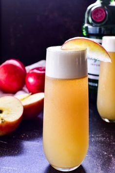 Sloe Gin Cocktails, Easy Cocktails, Gin Lemon, Fresh Lemon Juice, Apple Juice, Apple Cider, Gin Fizz, Juice Drinks, Dry Gin