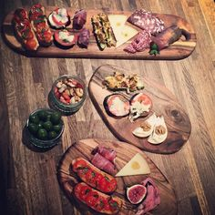 #nibbles @aperitivo_oc staff training #Aperitivo #Negroni #Martini #Cocktails #TheOC #TheOliverConquest #ourlittlehouseofgin #ginghouse #aldgate #aldgateeast #lovegin #whitechapel #towerhill #towerbridge by lovegin_theoliverconquest