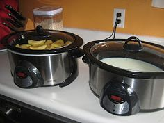 Weight-y Eats: Greek Yogurt in the crockpot Make Greek Yogurt, Homemade Greek Yogurt, Yummy Yogurt, No Dairy Recipes, Other Recipes, Real Food Recipes, Slow Cooker Recipes, Crockpot Recipes, Crockpot Dishes