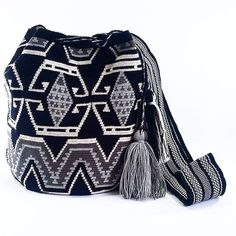 Wayuu Mochila bag Whatsapp: +573006388348