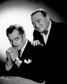 According to Vincent Price, when he and Peter Lorre went to view Bela Lugosi's… Hooray For Hollywood, Golden Age Of Hollywood, Vintage Hollywood, Hollywood Stars, Classic Hollywood, Old Movie Stars, Classic Movie Stars, Hollywood Actresses, Actors & Actresses
