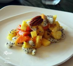 Fruit salad from pineapple, mango, dragonfruit and papaya! / raw vegan