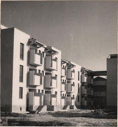 """Case economiche e popolari al """"Palazzo dei Diavoli""""  Isolotto, Firenze  Enrico Del Debbio, 1953-57"""