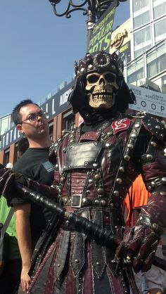 Fear my doom stick! http://yfrog.com/od1plykzj #sdcc #skeletor #ComicCon