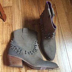 Spikey Faded Suede 6m Boots Anthropologie