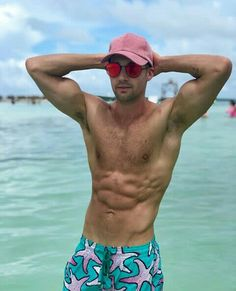 Always wonderful to look at and with not only an incredible body, but a beautiful face - James Maslow shirtless and flexing his biceps. James Maslow, Beautiful Men Faces, Most Beautiful Man, Logan Henderson, Kendall Schmidt, Beach Friends, Hottest Male Celebrities, Big Time Rush, Dream Guy