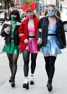 Riverdale Funny, Riverdale Cast, Powerpuff Girls Halloween Costume, Indie, Camilla Mendes, Lili Reinhart, Group Costumes, Betty Cooper, Cheryl Blossom