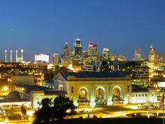 Kansas City, Missouri - Retirees in Kansas City say that the city is both a fun and affordable place to live. It offers a reasonable cost of living - as you would expect in a Midwestern city- with a median home price of $118,000 or about 20% below the national average.