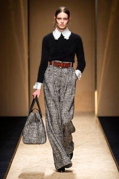 Luisa Spagnoli Herbst/Winter Ready-to-Wear - Kollektion Fashion 2020, Look Fashion, Runway Fashion, High Fashion, Fashion Show, Womens Fashion, Fashion Design, Vogue Fashion, Unique Fashion Style