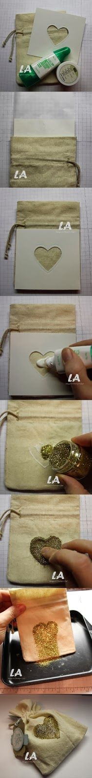 Stampin' Up!, Muslin Bags with Gold Glitter Heart.  LA Stamper