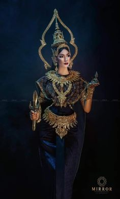 Thai Traditional Dress, Traditional Outfits, Cambodian Art, Thai Style, Fashion Models, Wonder Woman, Culture, Costumes, Superhero