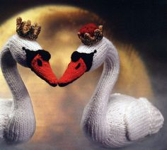 "Swan Lake Knitted Toy ~ Free Pattern ( click ""link"" in orange letters)"